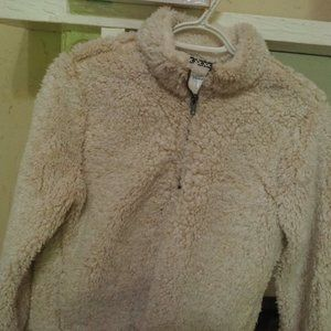 Serpa type pull over cream colored almost white